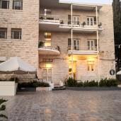 Jordan Heritage Restaurant - Outside
